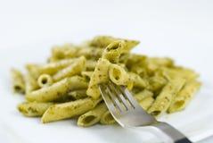 Penne con la salsa di Pesto Fotografia Stock Libera da Diritti