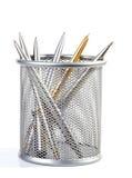 Penne di ball-point del metallo in un supporto Fotografia Stock