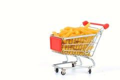 Penne na cesta de compra imagens de stock royalty free