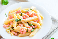 Penne pasta with shrimps Royalty Free Stock Photos
