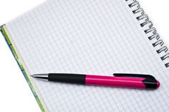 Pennen en boeken Stock Foto's