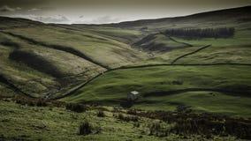 PenninevägMalham hed Yorkshire Royaltyfria Bilder