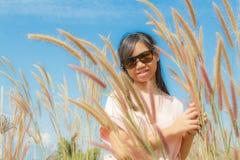 Pennisetum κοριτσιών και φτερών Στοκ φωτογραφία με δικαίωμα ελεύθερης χρήσης