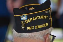 Pennsauken,新泽西- 2017年11月5日:美国退伍军人协会的这位过去司令员出席了几年退伍军人日仪式 免版税库存照片