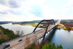 Pennybacker-Brücke oder Brücke 360 lizenzfreie stockfotos