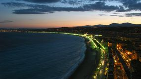 Penombra sopra Nizza, Francia fotografia stock libera da diritti