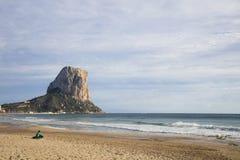 Penon de Ifach i Calpe, Alicante, Spanien Arkivbilder