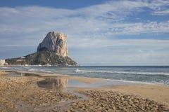 Penon de Ifach i Calpe, Alicante, Spanien Arkivfoton