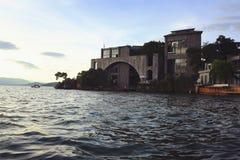 Pensão da costa do lago foto de stock