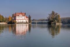 Pensão de Neuhaus am do castelo, Alemanha fotos de stock