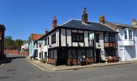 A pensão do moinho no Suffolk de Aldeburgh imagens de stock