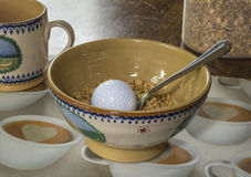 Pensamento demasiado sobre o golfe fotografia de stock