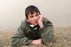Pensamento do menino Fotografia de Stock Royalty Free