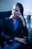 Pensamento novo da mulher de negócios imagem de stock