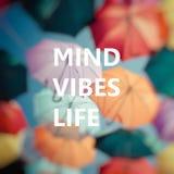 Pensamento positivo Guarda-chuva colorido do fundo Imagem de Stock