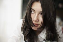 Pensamiento de la mujer joven Imagen de archivo libre de regalías
