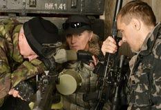 Pensamiento de los soldados del combate armado Foto de archivo libre de regalías