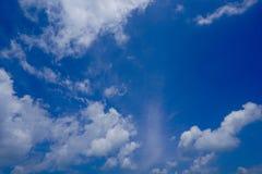 Pensamiento del cielo azul Fotografía de archivo