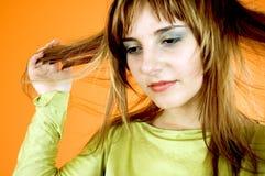 Pensando ai miei capelli fotografie stock