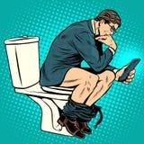 Pensatore dell'uomo d'affari sulla toilette Fotografie Stock