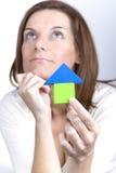 Penser à acheter une maison neuve Photo libre de droits