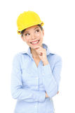 Penser de femme d'ingénieur, d'entrepreneur ou d'architecte Photo libre de droits