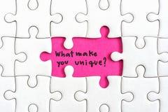 Pensez le concept d'affaires de différence Image stock