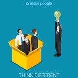 Pensez le vecteur isométrique plat de boîte d'ampoule d'homme d'affaires différent d'idée illustration de vecteur