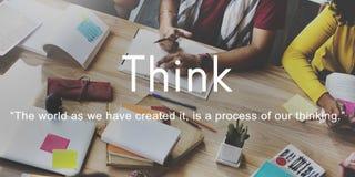 Pensi il pensiero immaginario di pianificazione di strategia di creatività di idee concentrato Immagini Stock Libere da Diritti