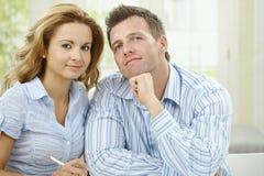 Pensiero delle coppie di amore Fotografia Stock Libera da Diritti