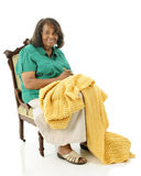 Pensionär Crocheter Royaltyfri Bild