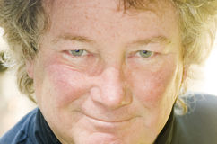 pensionär för stående för tät man för ålder medelupp Royaltyfri Foto