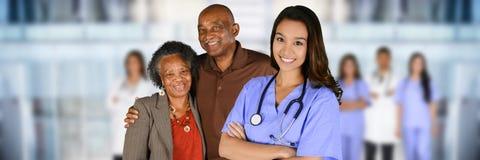 Pensionär på sjukhuset royaltyfria bilder