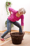 Pensionären har tillbaka att smärta tack vare den tunga påfyllningen Arkivbild