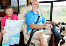 pensionärer för baksätechaufförrv royaltyfria bilder