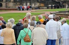 Pensionati nella galleria di Dresda Zwinger fotografie stock libere da diritti