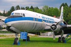 Pensionerade Adria Airways Aircraft på skärm arkivfoto