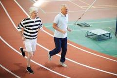 Pensionerade sprinter royaltyfria bilder