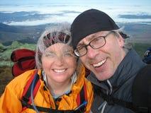 Pensioniertes Paar-Wandern Lizenzfreie Stockfotos
