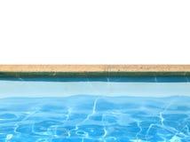 Pensionista da piscina com água azul isolada fotos de stock royalty free