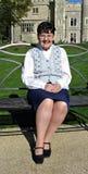 Pensionné intelligent en voyage de jour au château Photos libres de droits