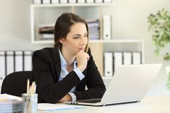 Free Pensive Businesswoman With A Laptop At Office Royalty Free Stock Photography - 127549717