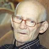 Pensive elderly man Royalty Free Stock Photography
