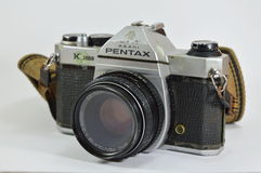 Pentax K模型1000一台经典影片照相机 免版税库存图片
