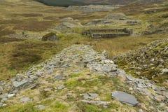Pente abandonnée pour la carrière d'ardoise, Pays de Galles du nord. Image stock