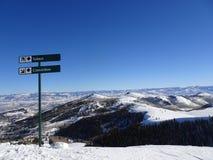 Pente de ski de diamant noir photographie stock