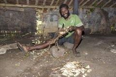Pentecostés, la República de Vanuatu, el 21 de julio de 2014, hombres indígenas foto de archivo