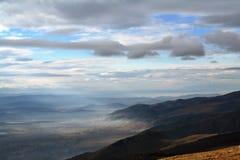 Pentes de montagne photographie stock