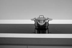 Pentola del vaso su induzione Fotografia Stock Libera da Diritti