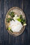 Peonia kwiatów przygotowania na starym drewnianej deski tle Festiv Obraz Royalty Free